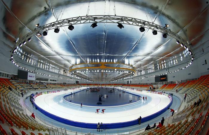 Соревнования конькобежцев