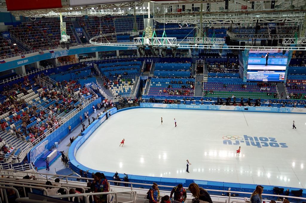 Ледовый стадион изнутри
