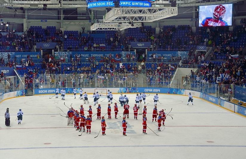 Матч по хоккею в Шайбе